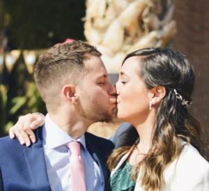 how to lip kiss your boyfriend
